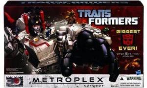 Metroplex & Autobot Scamper (Generations Titan Class)