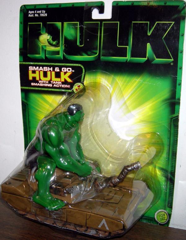 Smash & Go Hulk with tank smashing action (movie)