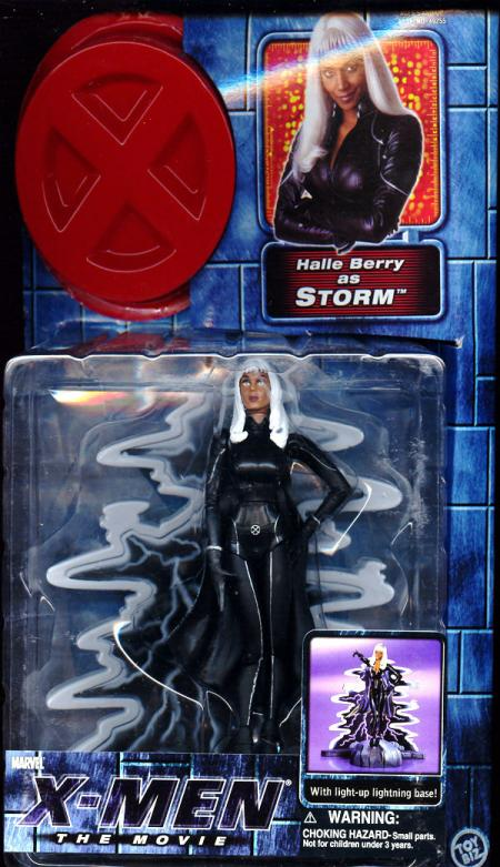 Storm (X-Men movie, with zipped up costume)